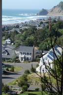 4600 NE Mulberry Loop, Lincoln City, OR 97367 - Bellhaven