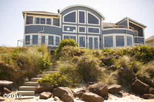 4652 SW Pacific Coast Hwy, Waldport, OR 97394