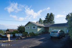 1636 SE Oar, Lincoln City, OR 97367 - Ocean / Lake Views