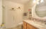 95981 Highway 101 S, Yachats, OR 97498 - Bathroom #2