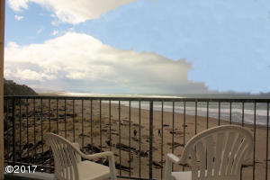 4009 Sw Hwy 101, 325, Lincoln City, OR 97367 - Deck & Views