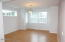 475 SE 35th St, A1, Newport, OR 97366-9824 - Spacious Dining