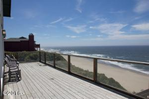 2157 NW Inlet Ave., Lincoln City, OR 97367