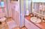 1925 NE 69th St, Lincoln City, OR 97367 - Bathroom