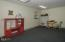 135 SW Strawberry Lane, Waldport, OR 97394 - Clinic - Room 1 (1280x850)