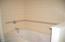 296 Bella Beach Drive, Depoe Bay, OR 97341 - Jetted Master Bath Tub