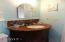 1710 NW Parker Ave, Waldport, OR 97394 - Bath!