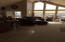 445 SE Bay Blvd, Newport, OR 97365 - Vaulted ceilings