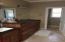 445 SE Bay Blvd, Newport, OR 97365 - Master bath
