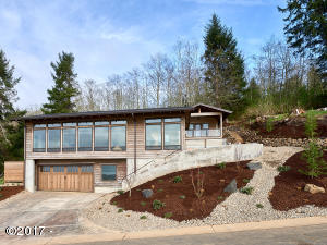 7730 Brooten Mountain Loop, Pacific City, OR 97135 - Exterior