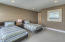 6420 SW Arbor Dr, South Beach, OR 97366 - GUEST ROOM