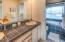 4175 N Hwy 101, D8, Depoe Bay, OR 97388 - Master bathroom