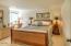 4175 N Hwy 101, D8, Depoe Bay, OR 97388 - Guest bedroom