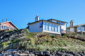 375 Monterey Ave, Lincoln City, OR 97367
