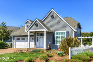 240 SW 60th Loop, South Beach, OR 97366 - Charming BeachCottage in 'SouthShore'