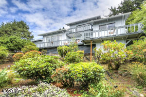 760 Hwy 101, Yachats, OR 97498