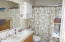 4835 NE Voyage Ave, Lincoln City, OR 97367 - Bathroom 2