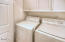325 Cliff St, Depoe Bay, OR 97341 - Laundry room