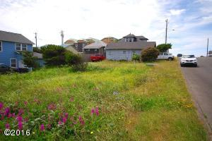 797 NW High St, Newport, OR 97365 - Main View
