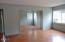 2824 NE Holmes Rd, Lincoln City, OR 97367 - living room
