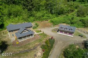 381 Maple Dr, Otis, OR 97368 - Craftsman Home