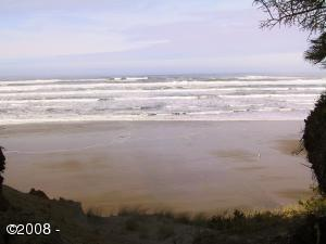 9586 S Coast Hwy, South Beach, OR 97366 - Ocean Front