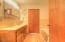 544 US-101, Yachats, OR 97498 - Master Bathroom