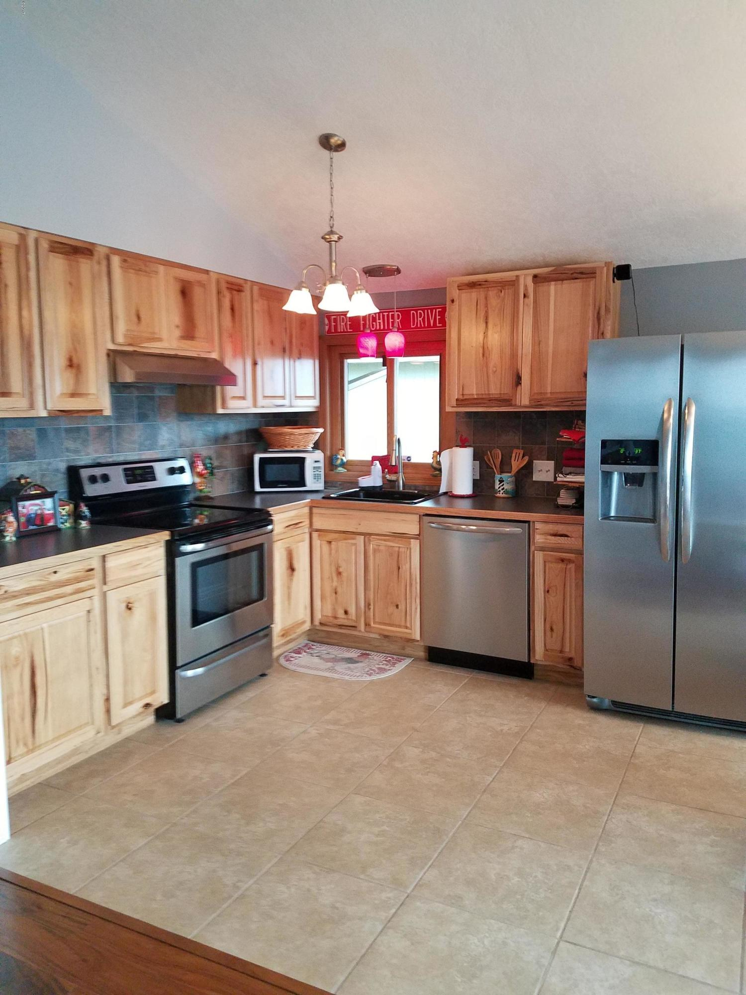 14895 N Hwy 101, Rockaway Beach, OR 97136 - Fully Remodeled Kitchen