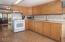 8476 Siletz, Lincoln City, OR 97367 - Kitchen - View 4 (1280x850)