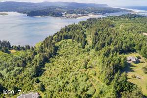 Lot 400 NW Legion Rd., Seal Rock, OR 97376