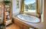 13610 S Coast Hwy, South Beach, OR 97366 - Jacuzzi Bath Tub