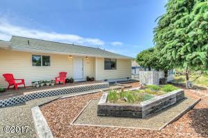 1917 NW Cockleshell St, Waldport, OR 97394 - OCI-0