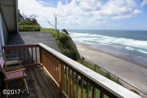 1505 SW Coast Avenue, Lincoln City, OR 97367 - Upper Deck