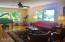 1643 SE Alder Way, Toledo, OR 97391 - Living Room