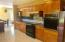 1643 SE Alder Way, Toledo, OR 97391 - Kitchen