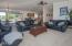 1015 NE 7th Drive, Newport, OR 97365-2515 - Living Room - View 3 (1280x850)