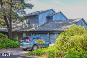 1506 NW Sandpiper Dr, Waldport, OR 97394
