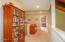 847 Hamer Rd, Siletz, OR 97380 - Upstairs loft/hallway
