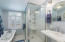 1904 NW 37th St, Lincoln City, OR 97367 - Great Walk-in Shower