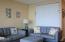 301 Otter Crest Dr, 410-411 1/2 Share, Otter Rock, OR 97369 - Living room