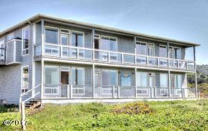 635 NW Lemwick Lane, SOUTH UNIT, Yachats, OR 97394 - DECKS