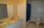 675 SE Keel Ave, Lincoln City, OR 97367 - Upstairs Bathroom