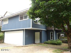 675 SE Keel Ave, Lincoln City, OR 97367 - New Roof & New Exterior Paint