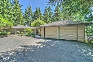 17 Big Tree Rd., Gleneden Beach, OR 97388 - Front Of Home