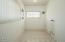1232 NW 16th St, Lincoln City, OR 97367 - Laundry Room