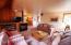 5960 Summerhouse Lane Share E, Pacific City, OR 97135 - living