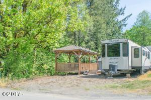 6487 N Salmon Berry Ln, Otis, OR 97368 - Front of Property