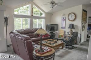 220 N Deer Valley Rd, Otis, OR 97368