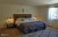 2325 NW Keel Ave, Lincoln City, OR 97367 - Full bath for bedrooms 2 & 3