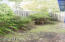 195 SE Salmon St, Waldport, OR 97394 - Side Yard